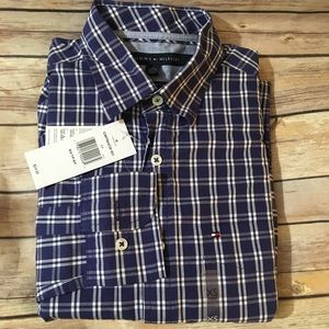 NWT. Tommy Hilfiger Plaid Button Down Shirt